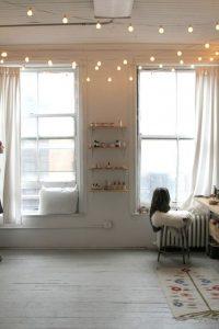 Eclectic Lighting 4 200x300 - 10 Mẹo Thiết Kế Phòng Khách Đẹp