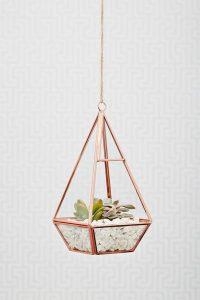Plant Decor 4 200x300 - 10 Mẹo Thiết Kế Phòng Khách Đẹp