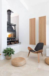 007 residence broadbeach donna guyler design 195x300 - BIỆT THỰ NHÌN RA BIỂN ĐẸP NHƯ MƠ