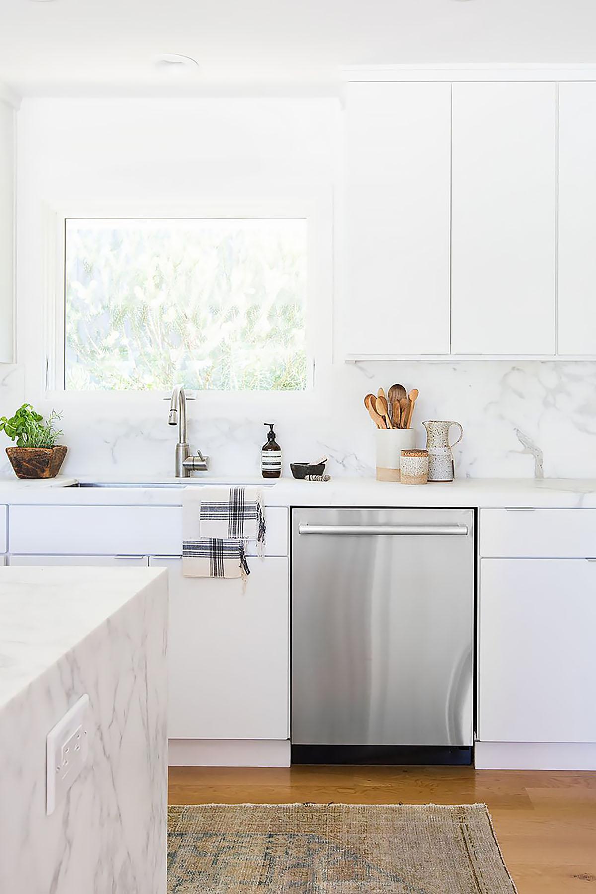 10 ý tưởng tủ bếp hiện đại 7 - 10 Ý TƯỞNG TỦ BẾP HIỆN ĐẠI LÀM MỚI CĂN BẾP CỦA BẠN